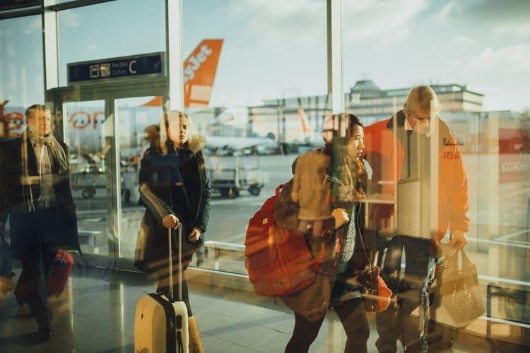 Polisa dla podróżujących pomaga każdemu turyście za granicą. Dzięki ubezpieczeniu nie narażasz się na dodatkowe koszty.