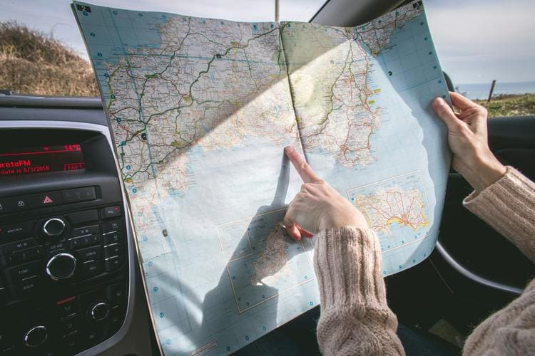 Sprawdź, gdzie obowiązuje Zielona Karta. Na wakacjach zagranicznych musisz mieć ważne OC pojazdu.