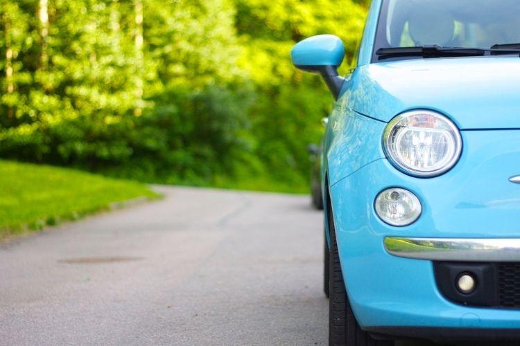 Auta z Włoch – koszty sprowadzenia, ryzyko importu, zalety